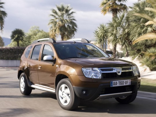 Renault Duster Features, Engine Specification, Mileage, Test Drive Reviews and Look Pictures