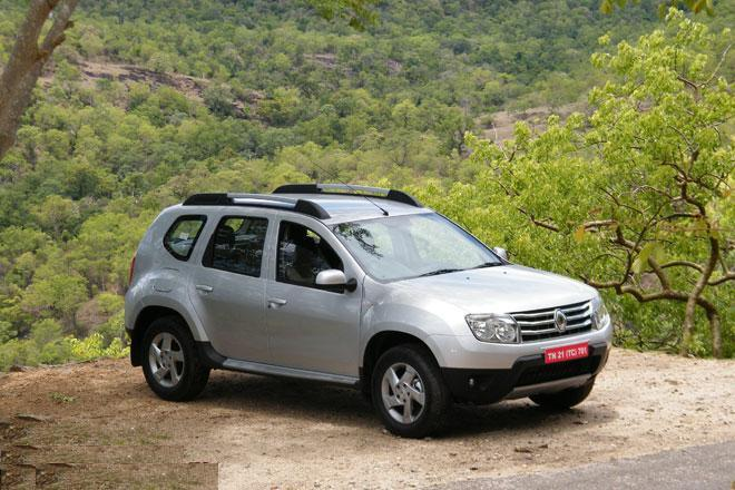 renault duster features engine specification mileage test drive reviews and look pictures. Black Bedroom Furniture Sets. Home Design Ideas