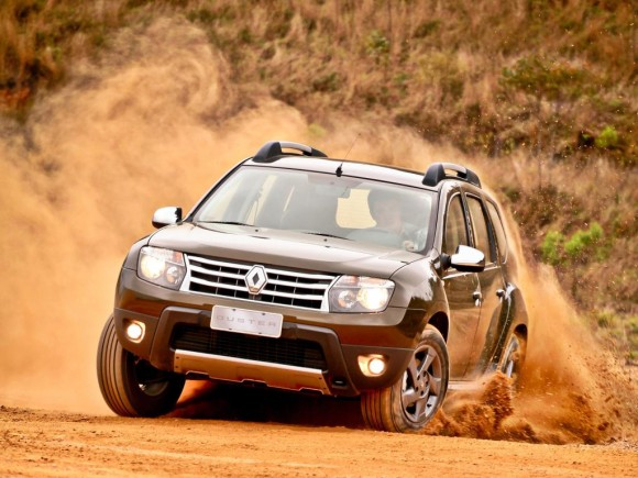 Renault Duster on road