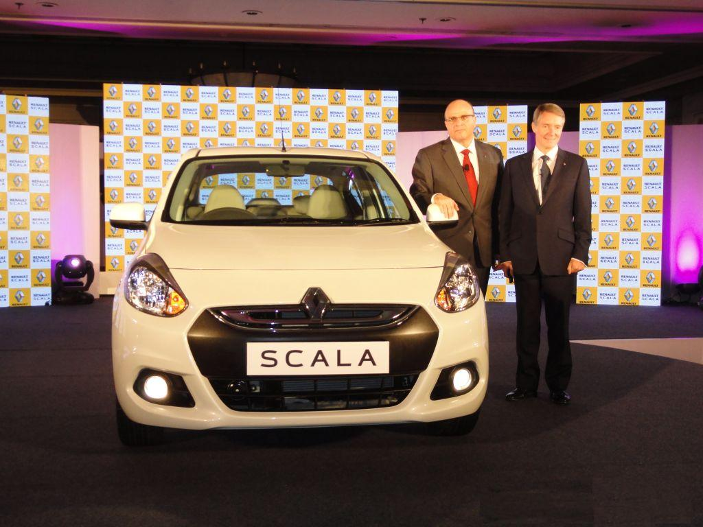 Renault Scala Features, Engine Specification, Mileage, Test Drive Reviews and Look Pictures