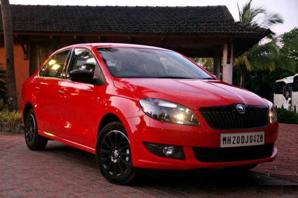 Skoda Rapid Red colour1