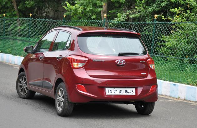 hyundai i10 grand full features specs review mileage details pictures. Black Bedroom Furniture Sets. Home Design Ideas