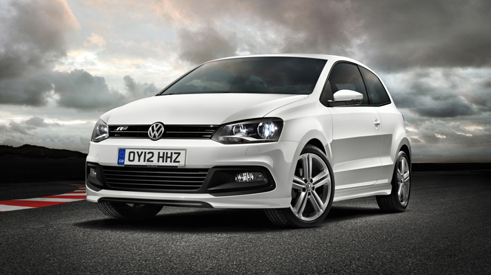 Volkswagen Polo – Features, Engine Specifications, Mileage, Test Drive Review & Look Pictures