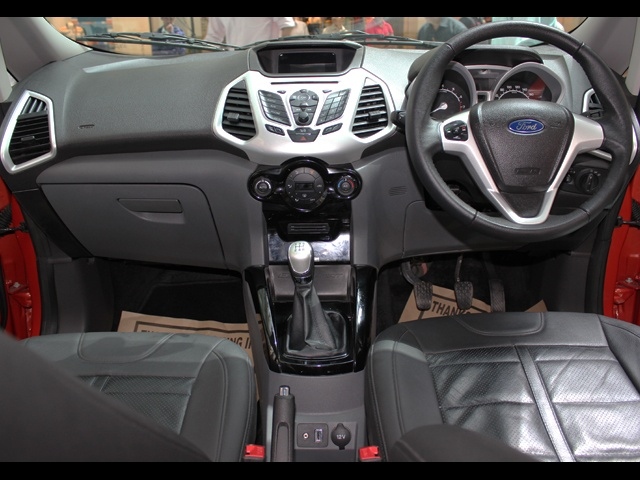 ford eco sport full features engine specifications mileage review pictures. Black Bedroom Furniture Sets. Home Design Ideas