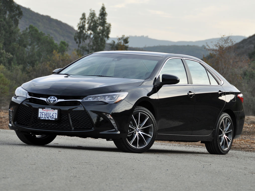 Toyota Camry launched facelift Model – Rs 28.80 lakh