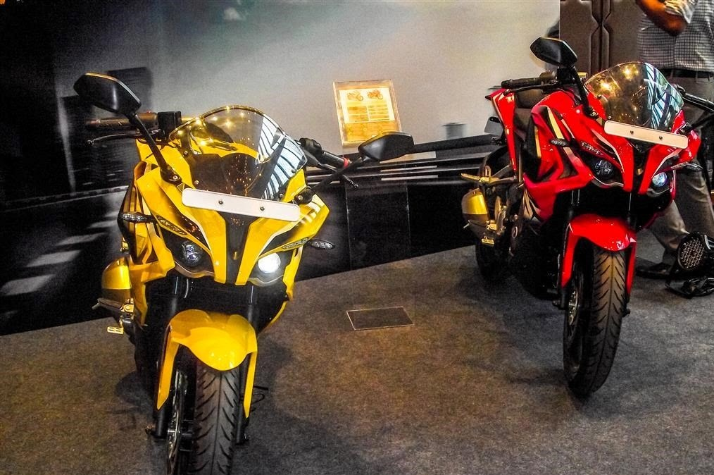 Bajaj pulsar 200RS Colors