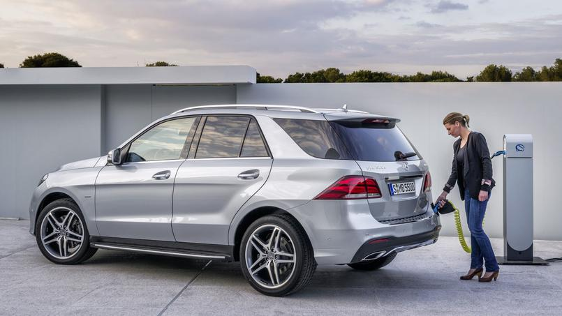 Mercedes benz gle to launch in india soon bookings started for Mercedes benz complaint department