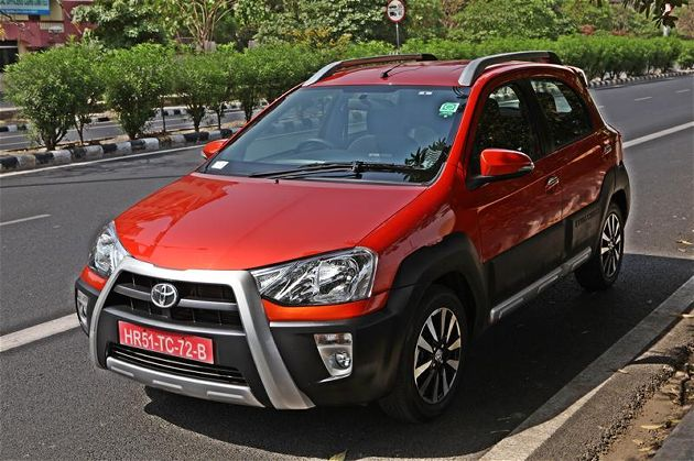 Toyota Etios Cross Mileage Test Drive